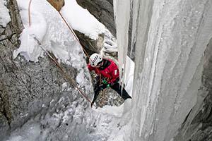 pratique du canyon hivernale